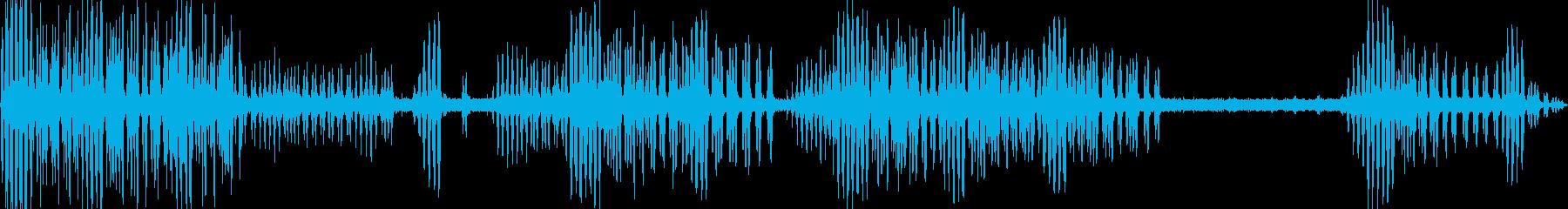 水辺で聴こえるコオロギの鳴き声の再生済みの波形