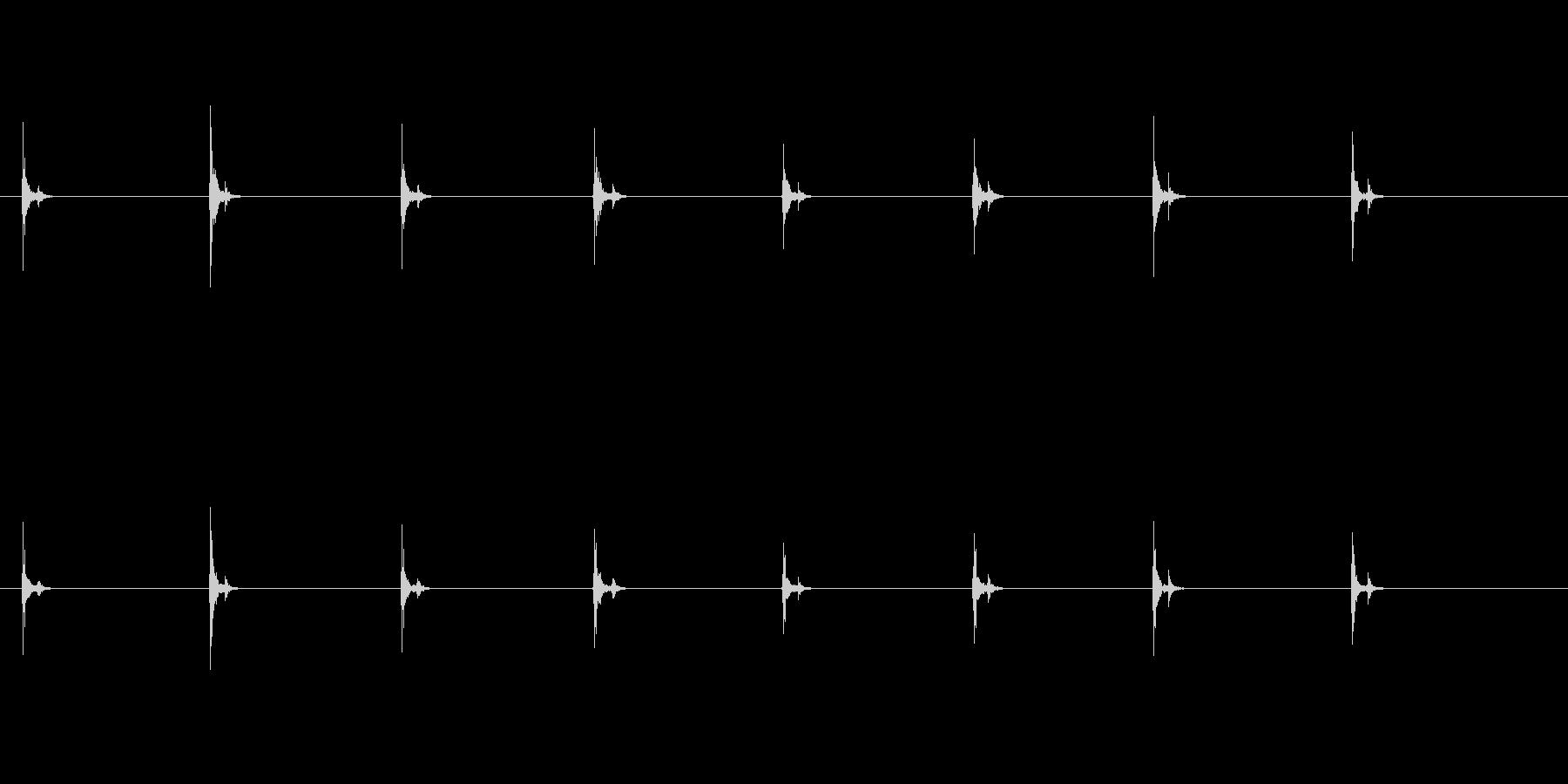 PC キーボード06-16(遠い 単発 の未再生の波形