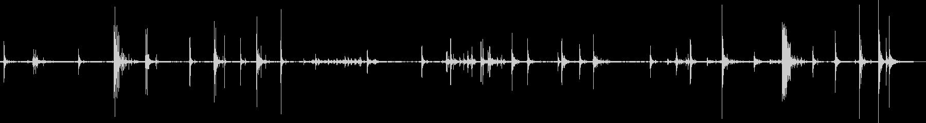 ドアスラムガラガラの未再生の波形