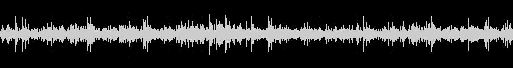 ビチビチ(地面に水を打ち付ける音)の未再生の波形