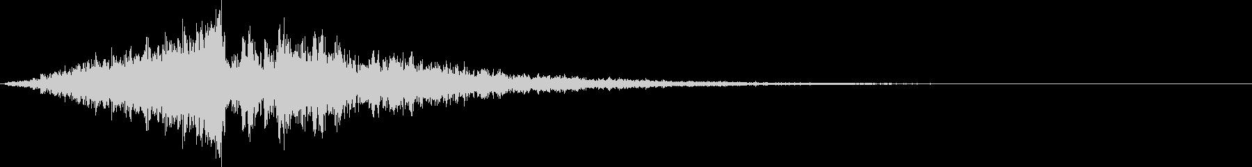 シンセで作成したシンバル(リバース系)の未再生の波形