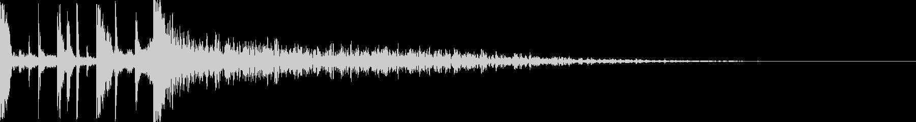シネマティックなドラムのアイキャッチの未再生の波形