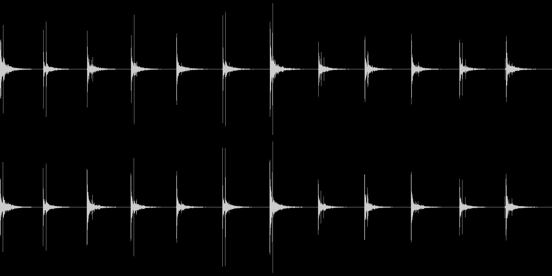 水滴_雫_ピチョーン_洞窟反響の未再生の波形