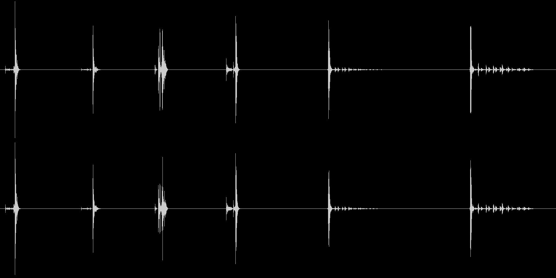 ツール、パッティングダウン、異なる...の未再生の波形