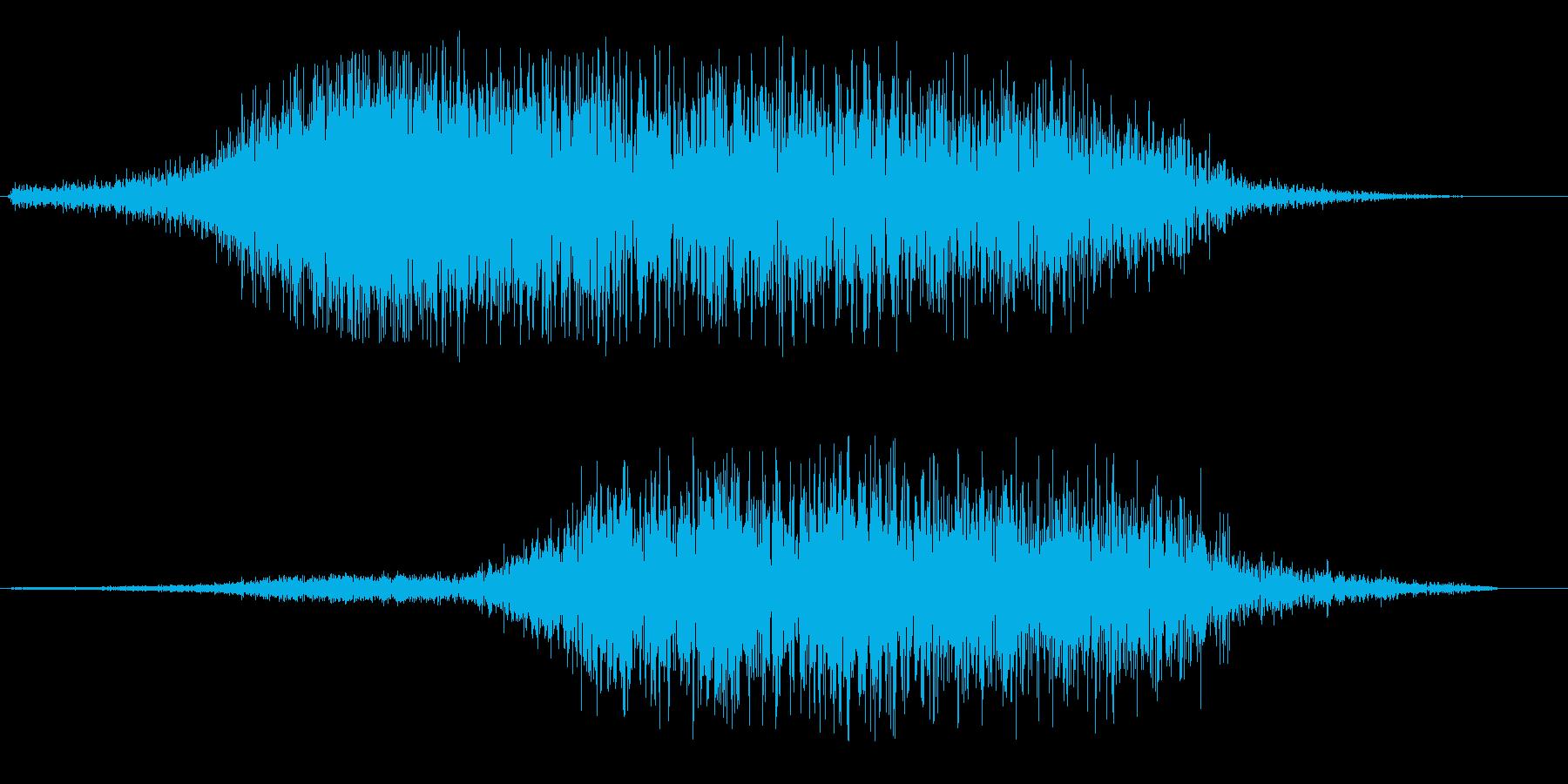 ブワーンとしたタイトルアップ音の再生済みの波形