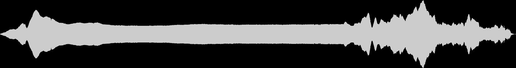 短い目標:ロングポリスサイレンウェイルの未再生の波形