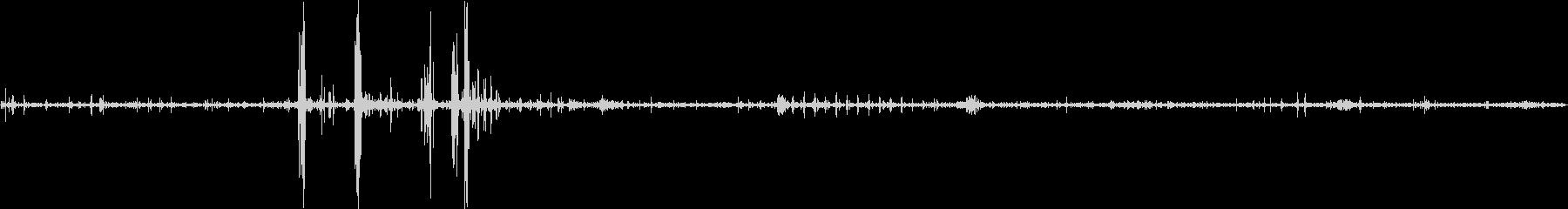 胎内の音とアナログ針の音の未再生の波形