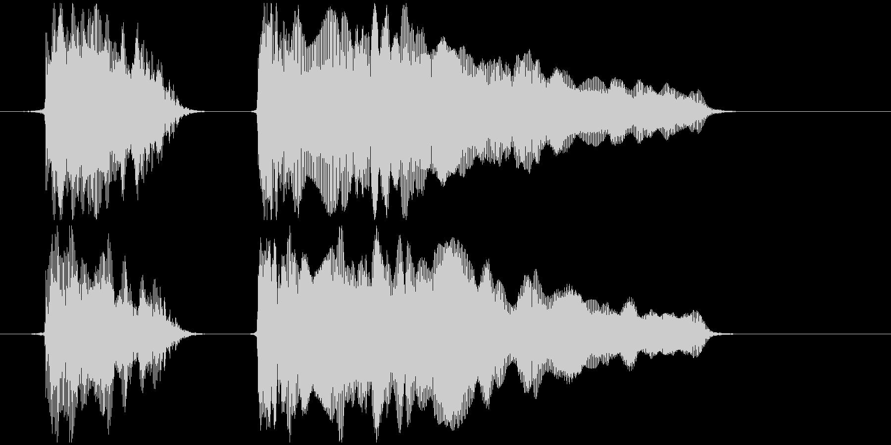 おもちゃの笛 (押す、潰す) プゥピィ~の未再生の波形