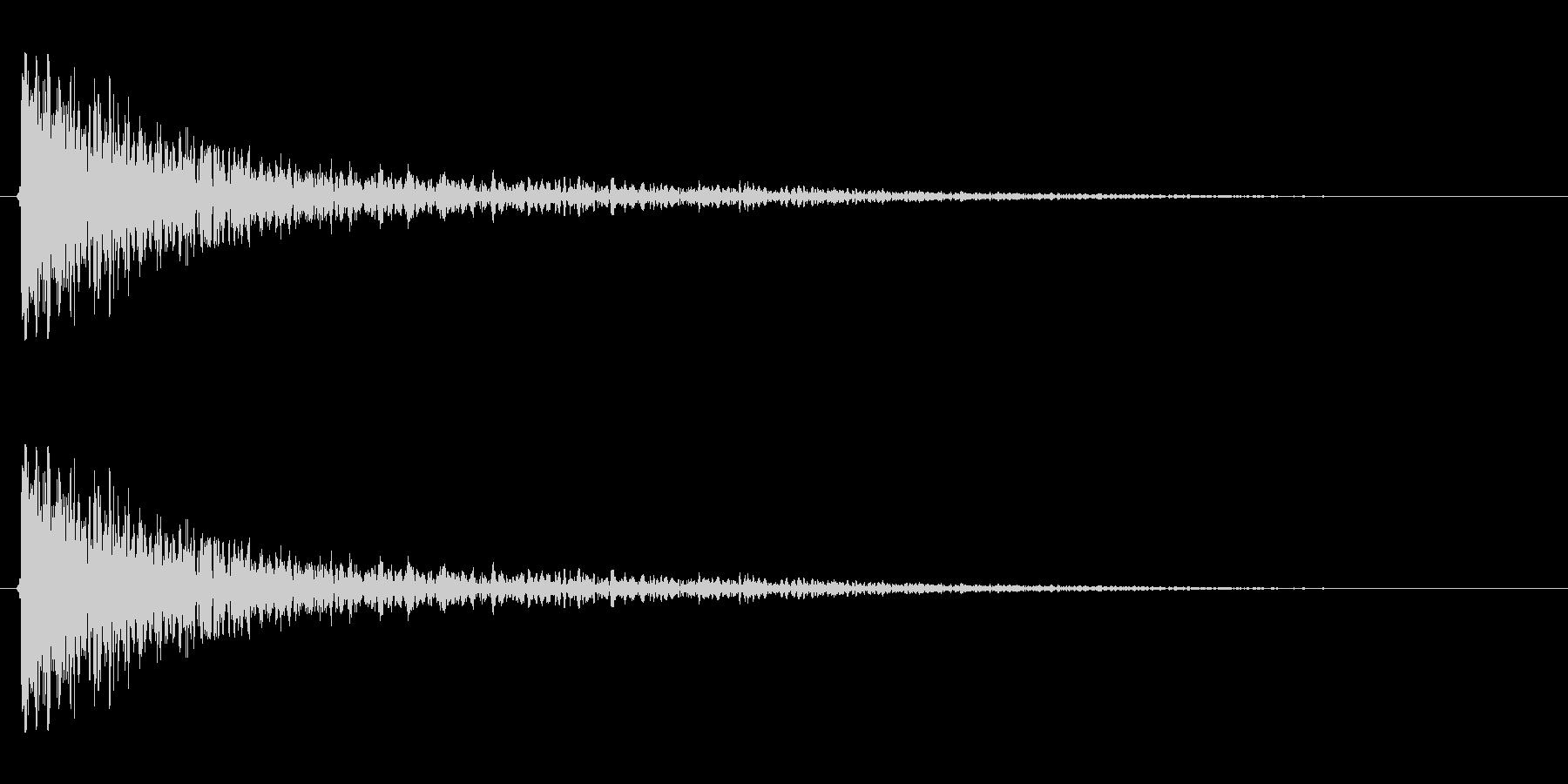 【衝撃05-1】の未再生の波形