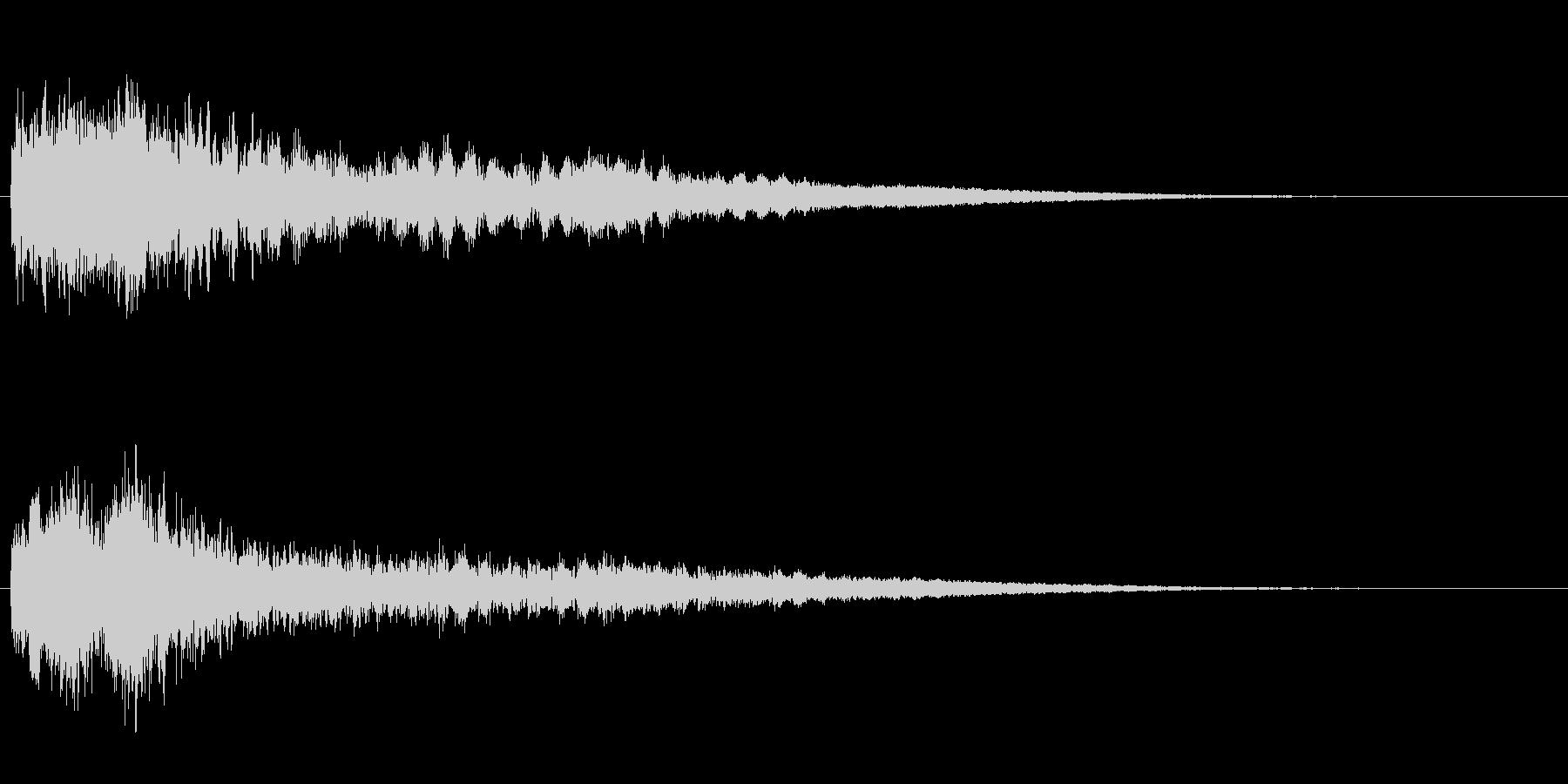 サスペンスに最適!ピアノの弦を弄ぶ音40の未再生の波形