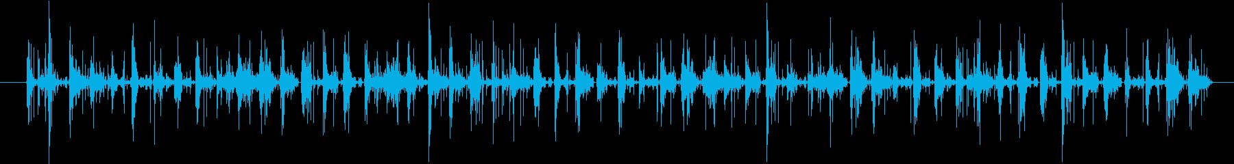 スニーカーで砂地を走る音の再生済みの波形
