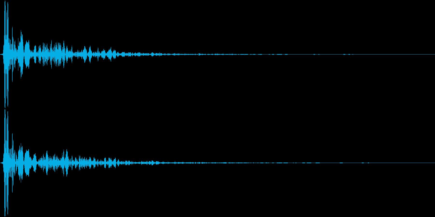 【生録音】蹴る音 キック 再現音 2の再生済みの波形
