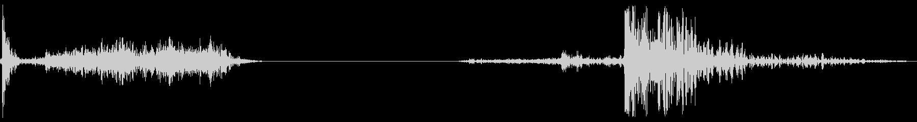 襖の開閉 B-7の未再生の波形