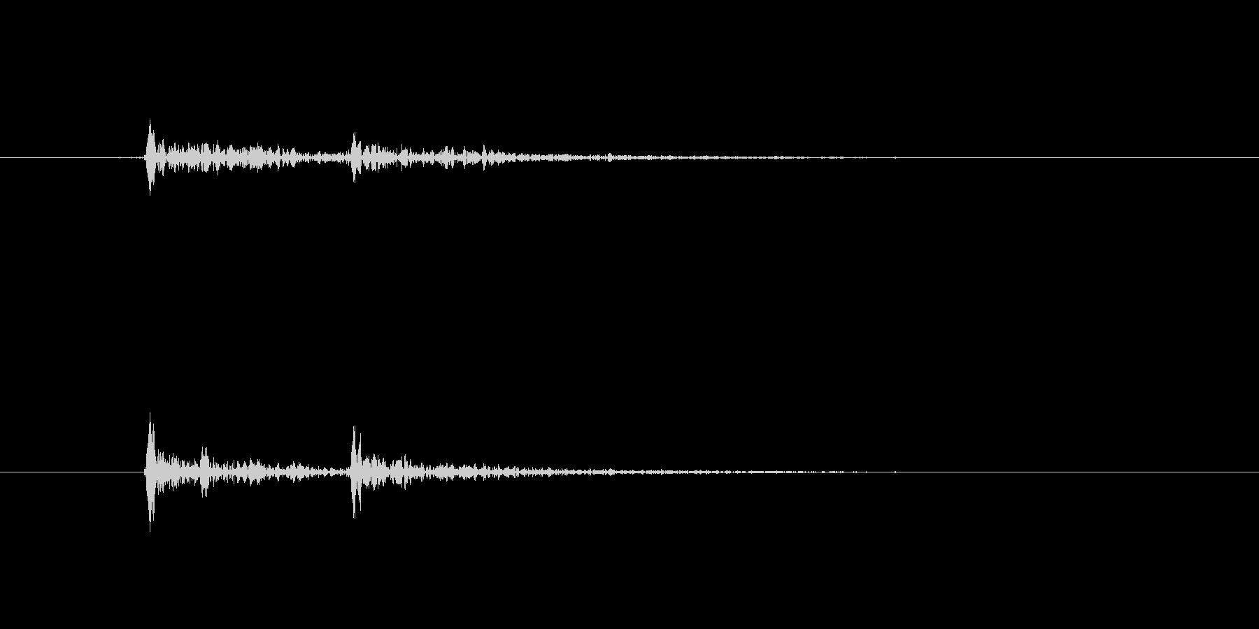 シャンパングラスセットの未再生の波形