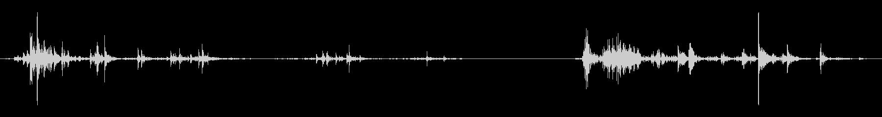 スカル、床で転がる、2バージョン;...の未再生の波形