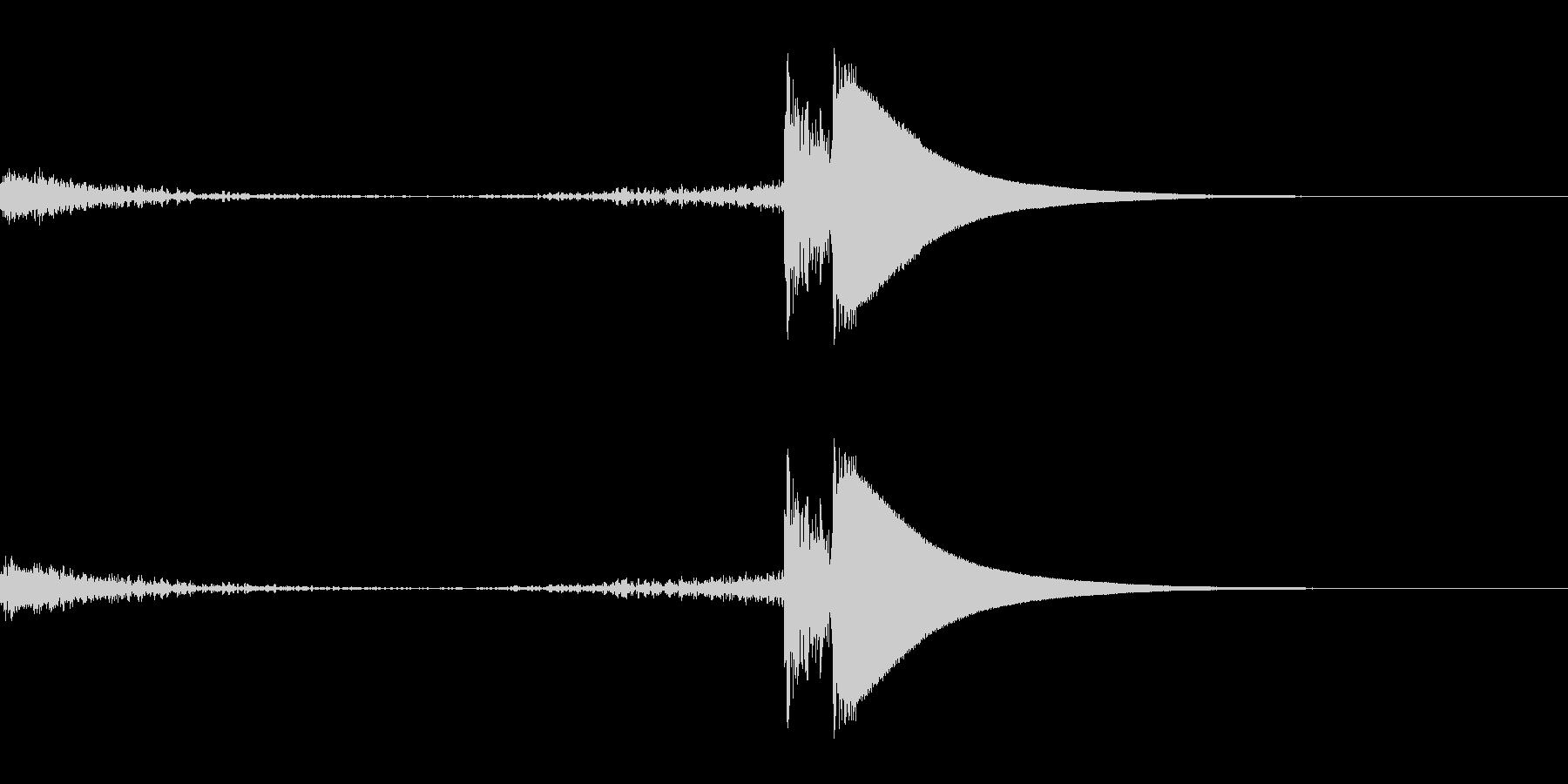 シューカキーン(凍りつく音)の未再生の波形