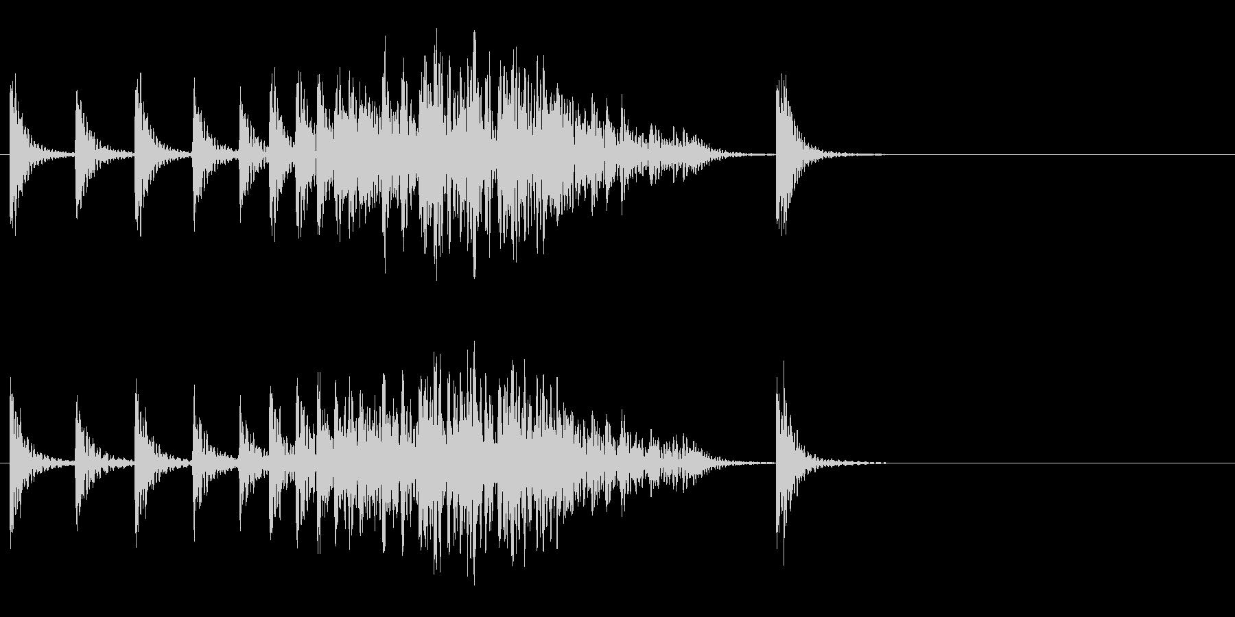 段々早くなる和太鼓の未再生の波形