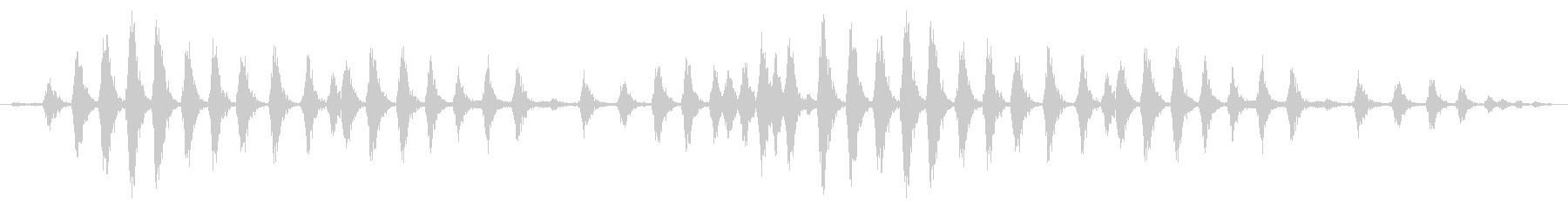 ラージチキンクープ:ヘビークッキングの未再生の波形