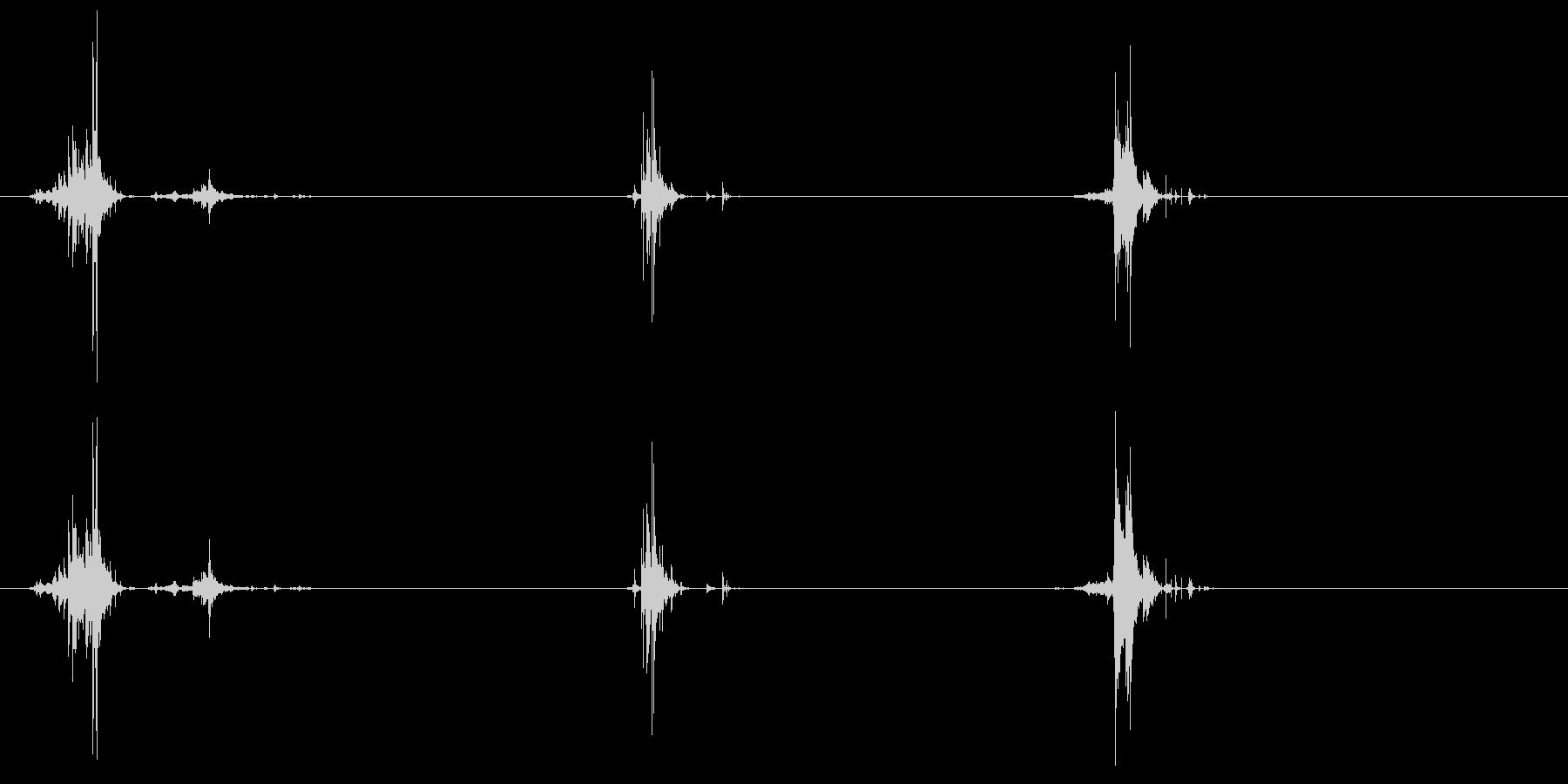 ガラスの動きx3の未再生の波形