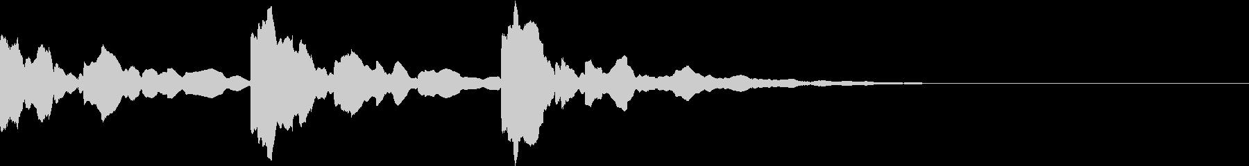 潜水艦の中のような電子音(3発)の未再生の波形