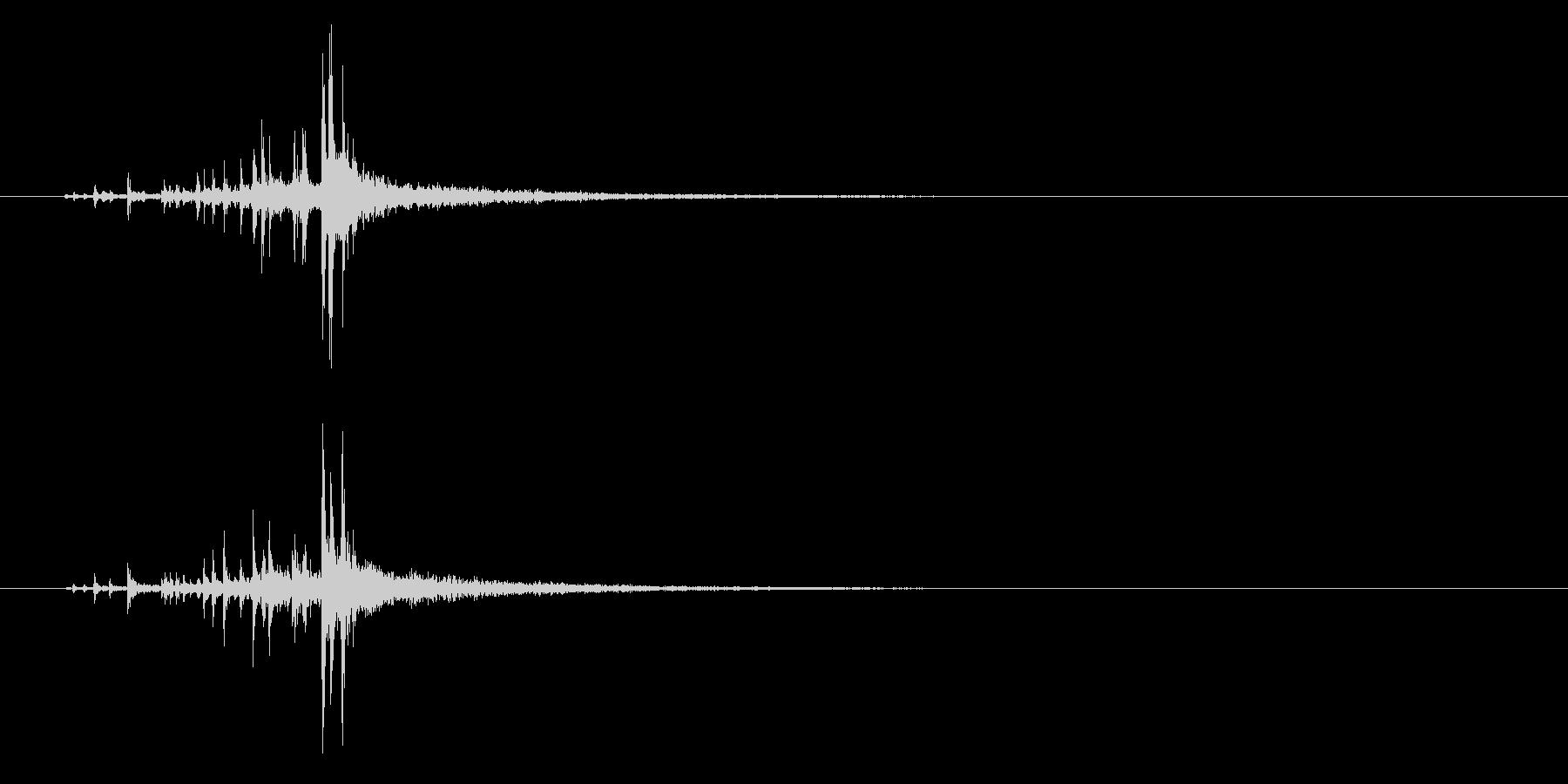 ジャラ…!スティック同士叩く連打音+FXの未再生の波形
