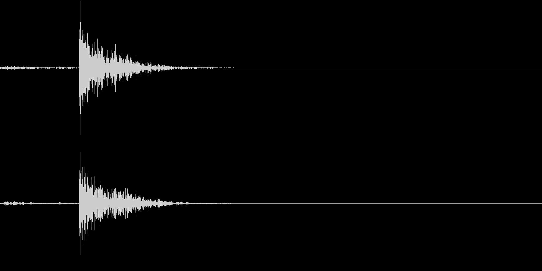 【生録音】コンロからヤカンを持ち上げる音の未再生の波形