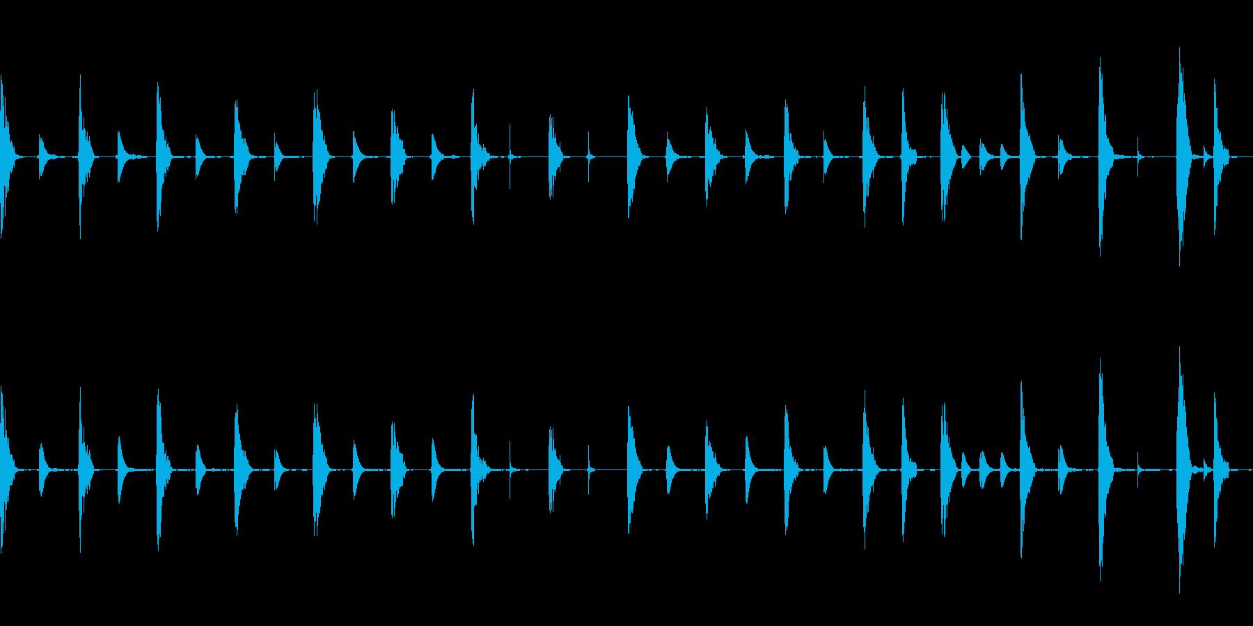 森の動物達の小さな演奏会 かわいい の再生済みの波形