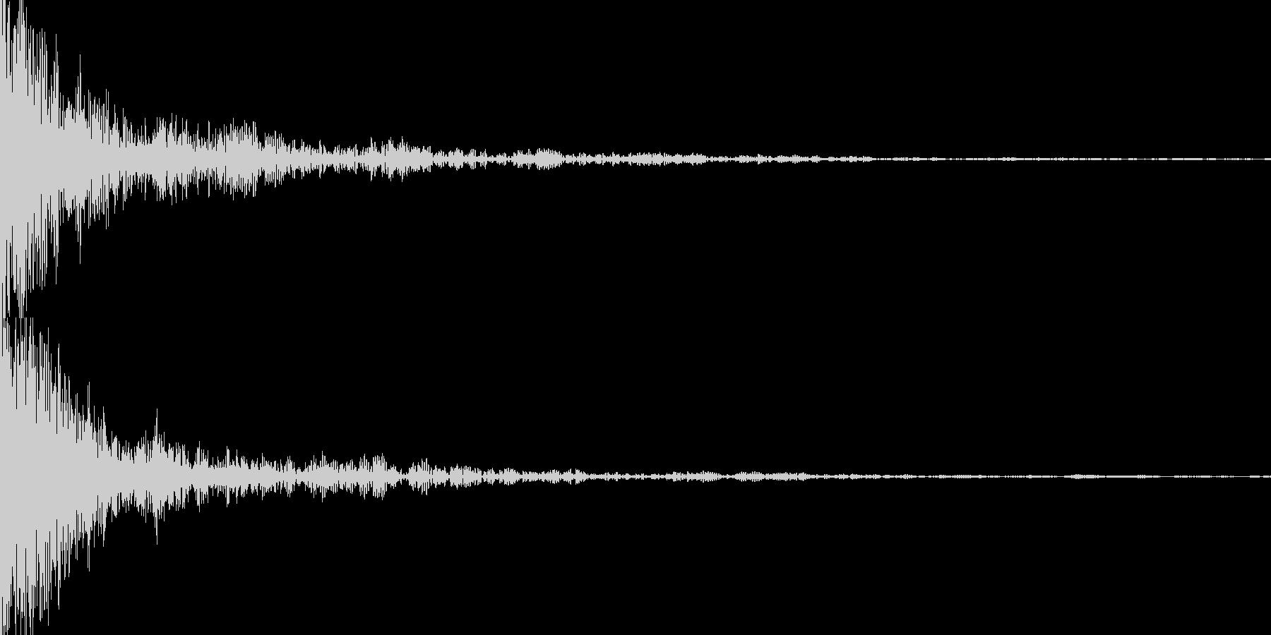 ギーン(インパクト)の未再生の波形