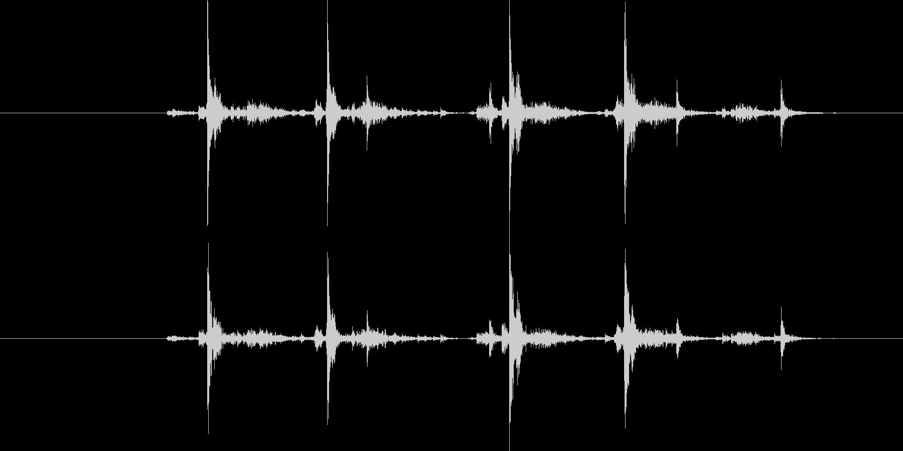 タイプライター4連打の未再生の波形