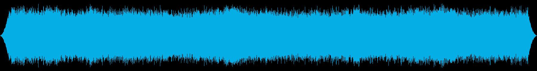 強風:軽い破片が吹き荒れる厚いガスト音の再生済みの波形