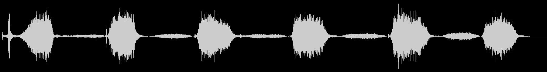 口でラバーバルーンを爆破:ミディア...の未再生の波形