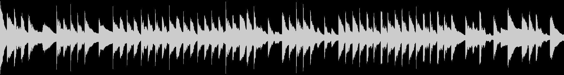 スローテンポでミステリアスなピアノ曲の未再生の波形