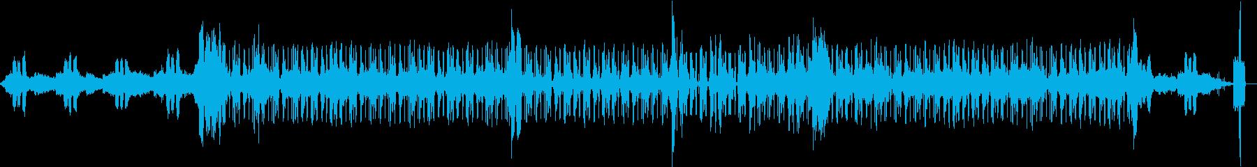 Synが幻想的なテクノチックなEDMの再生済みの波形