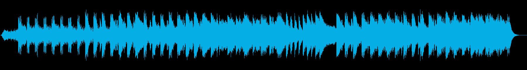 神秘的な弦楽器シンセサイザーサウンドの再生済みの波形
