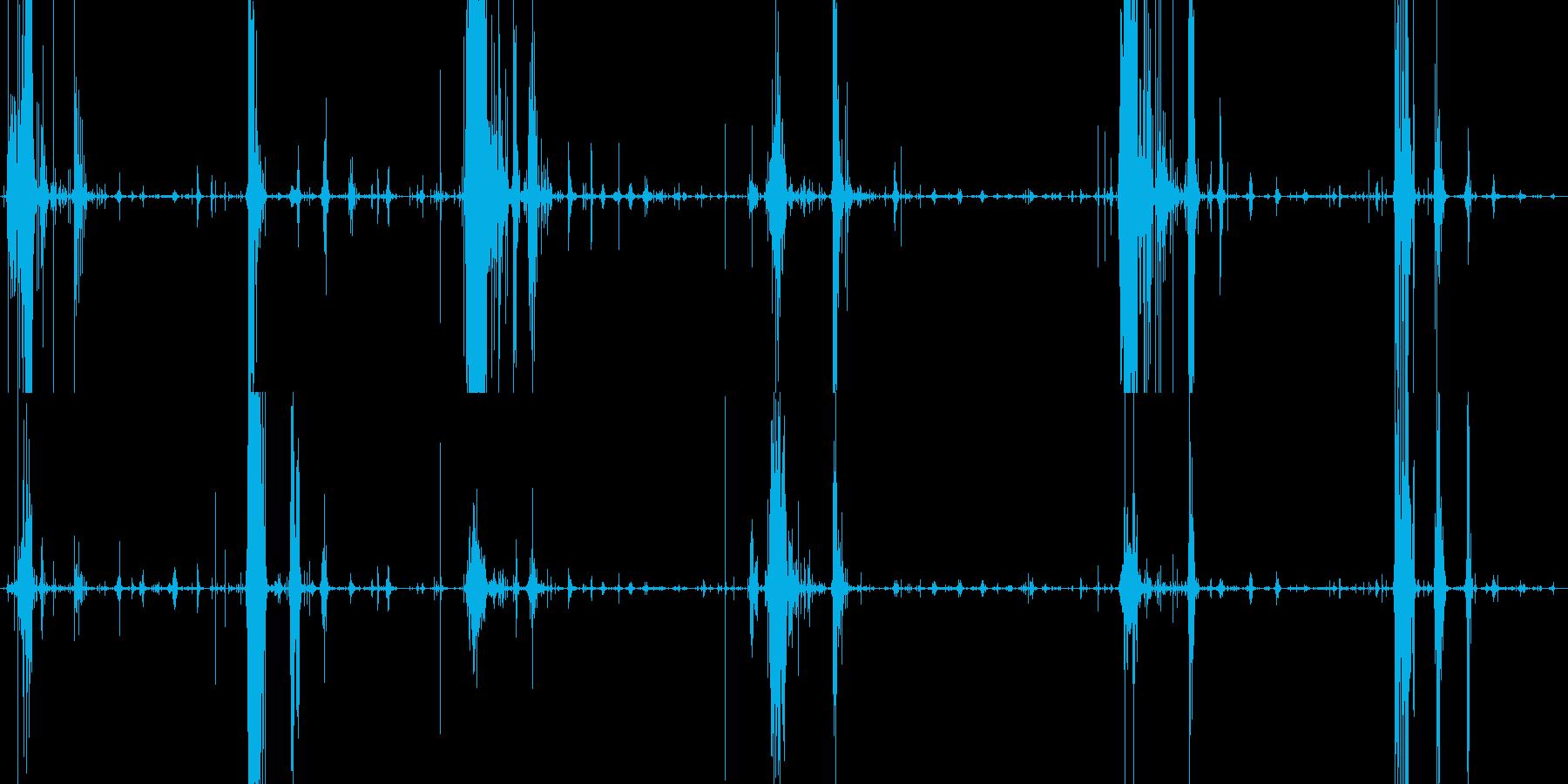 サクサクパイを食べる音の再生済みの波形
