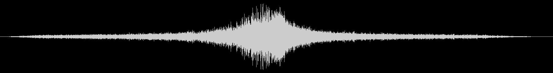 Ext:低速で左から右へパスの未再生の波形