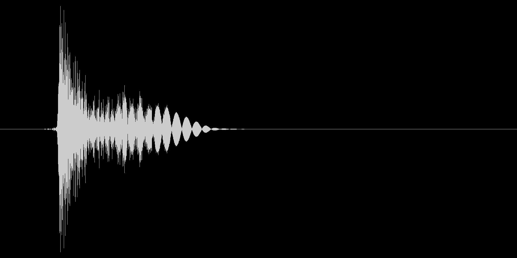 ドコッ(打撃、パンチ、ダメージ)の未再生の波形