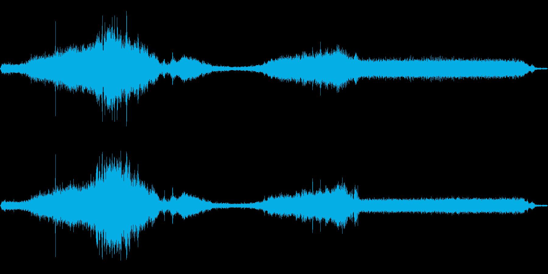 WW2ハーフトラック:スローパス、...の再生済みの波形