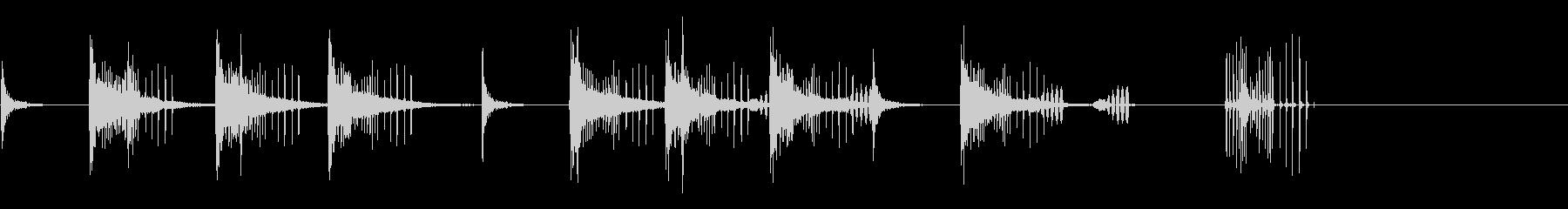 とんとん(派手な建設中の音)B13の未再生の波形