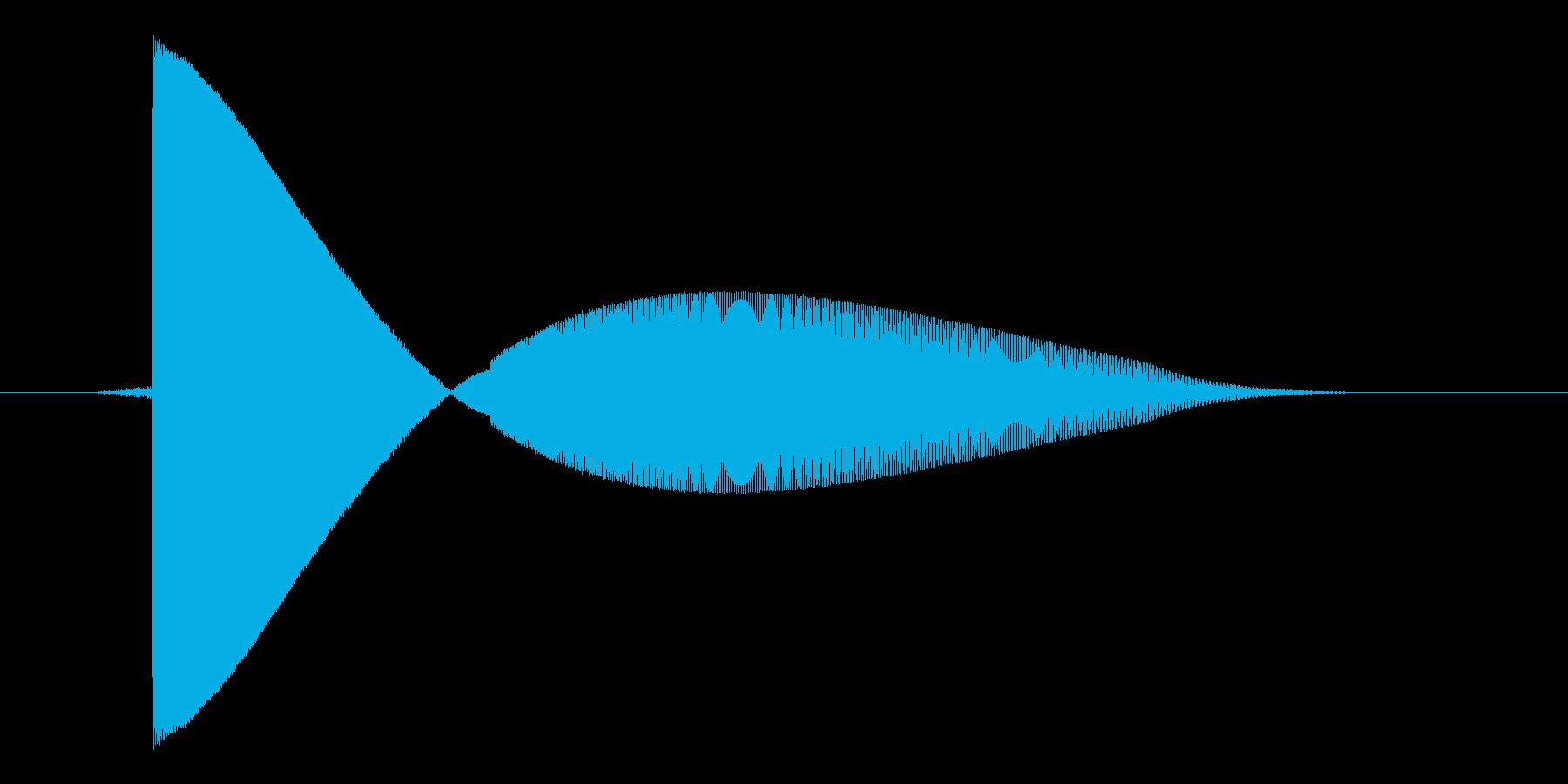 ゲーム(ファミコン風)レーザー音_029の再生済みの波形