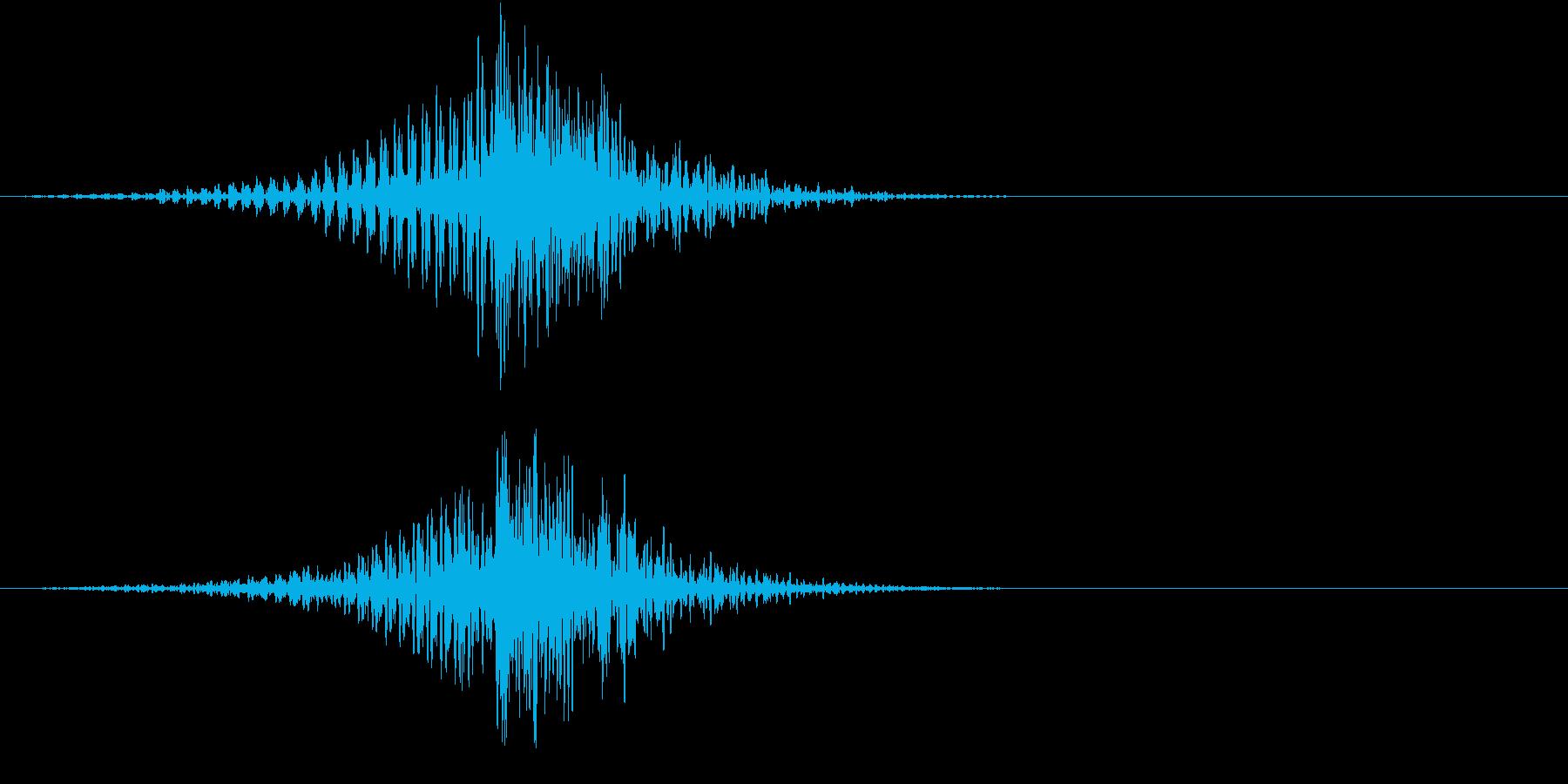 フェードインして大きな太鼓の音の再生済みの波形