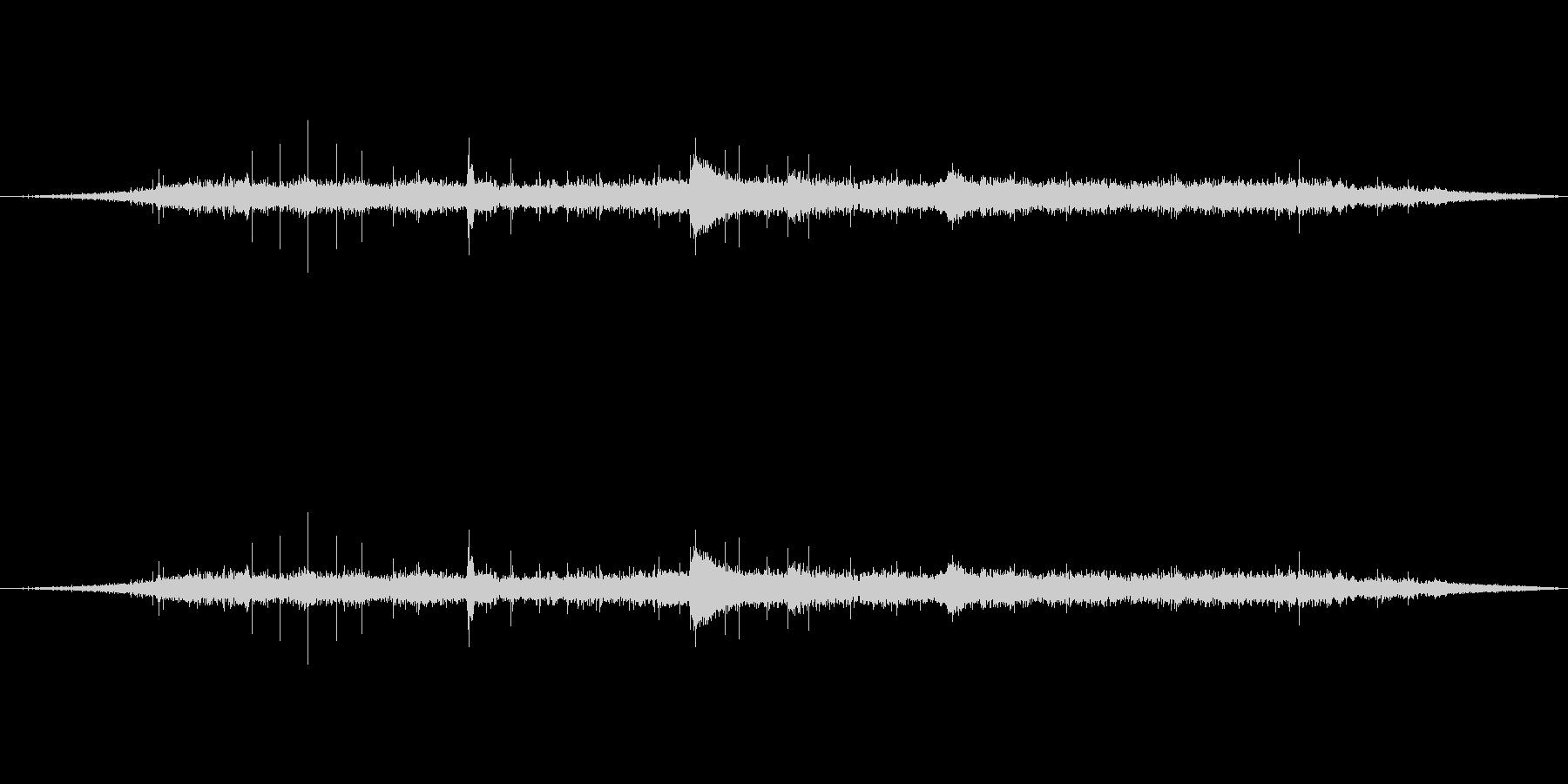 声のつぶやき音声開始領域-の未再生の波形
