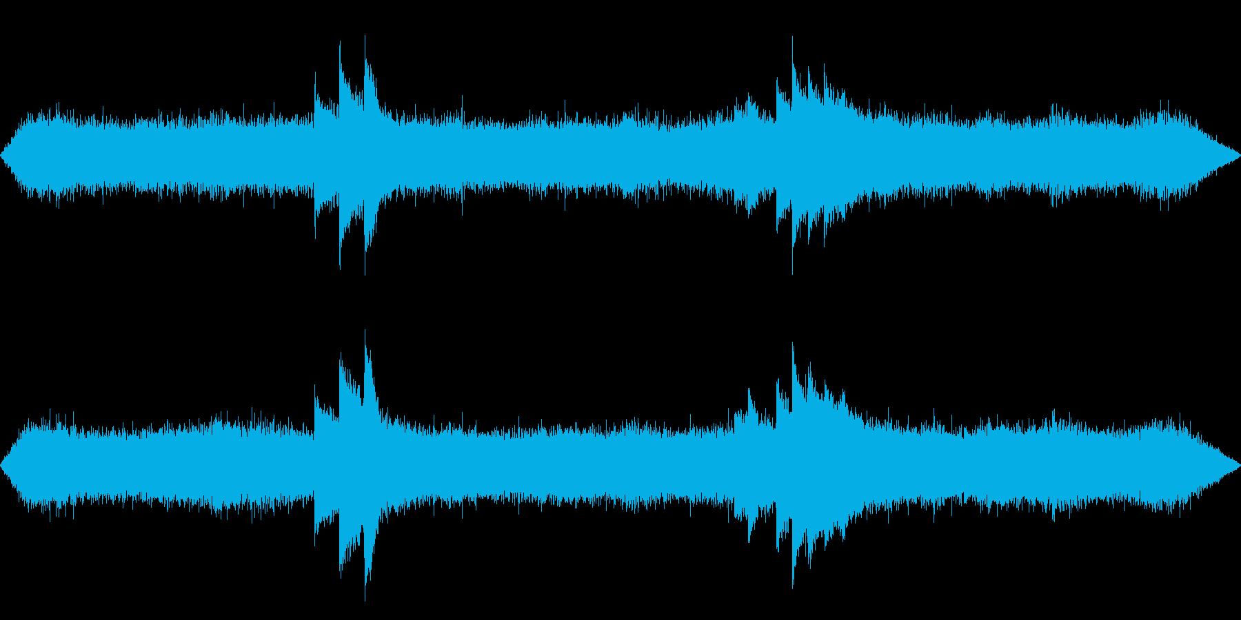 夏の深夜の風鈴、車、蛙、虫の音 01の再生済みの波形