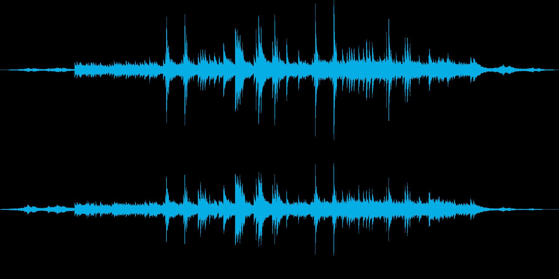 波音に寄り添うようなセンチメンタルピアノの再生済みの波形