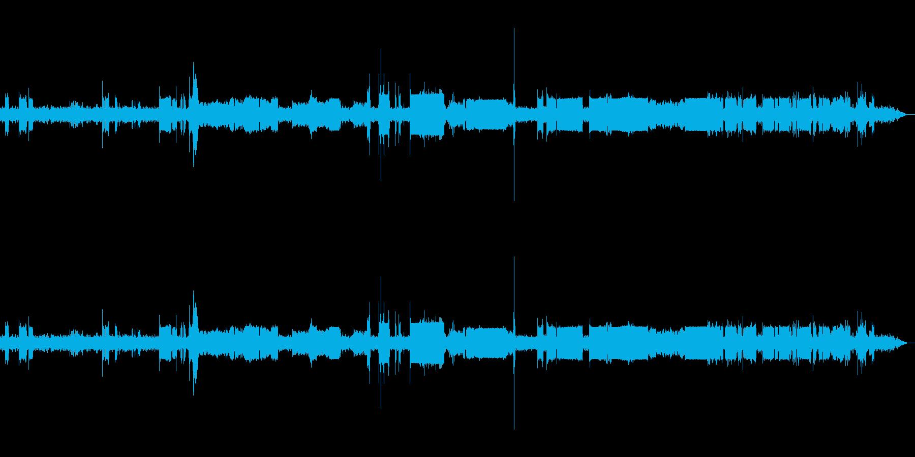 機械的なノイズ:無線などの再生済みの波形