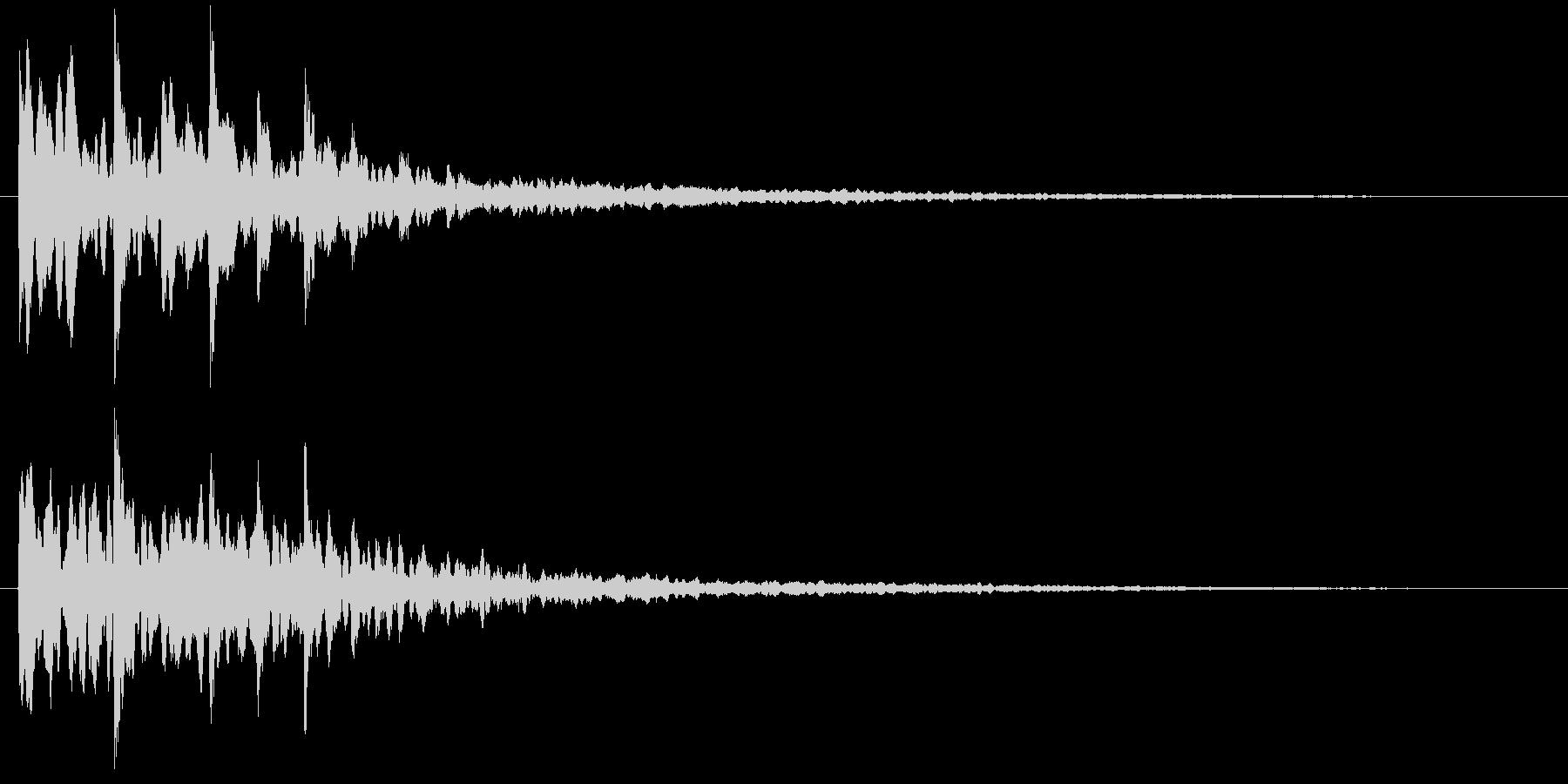 シンセサイザーのキラキラした場面転回音8の未再生の波形