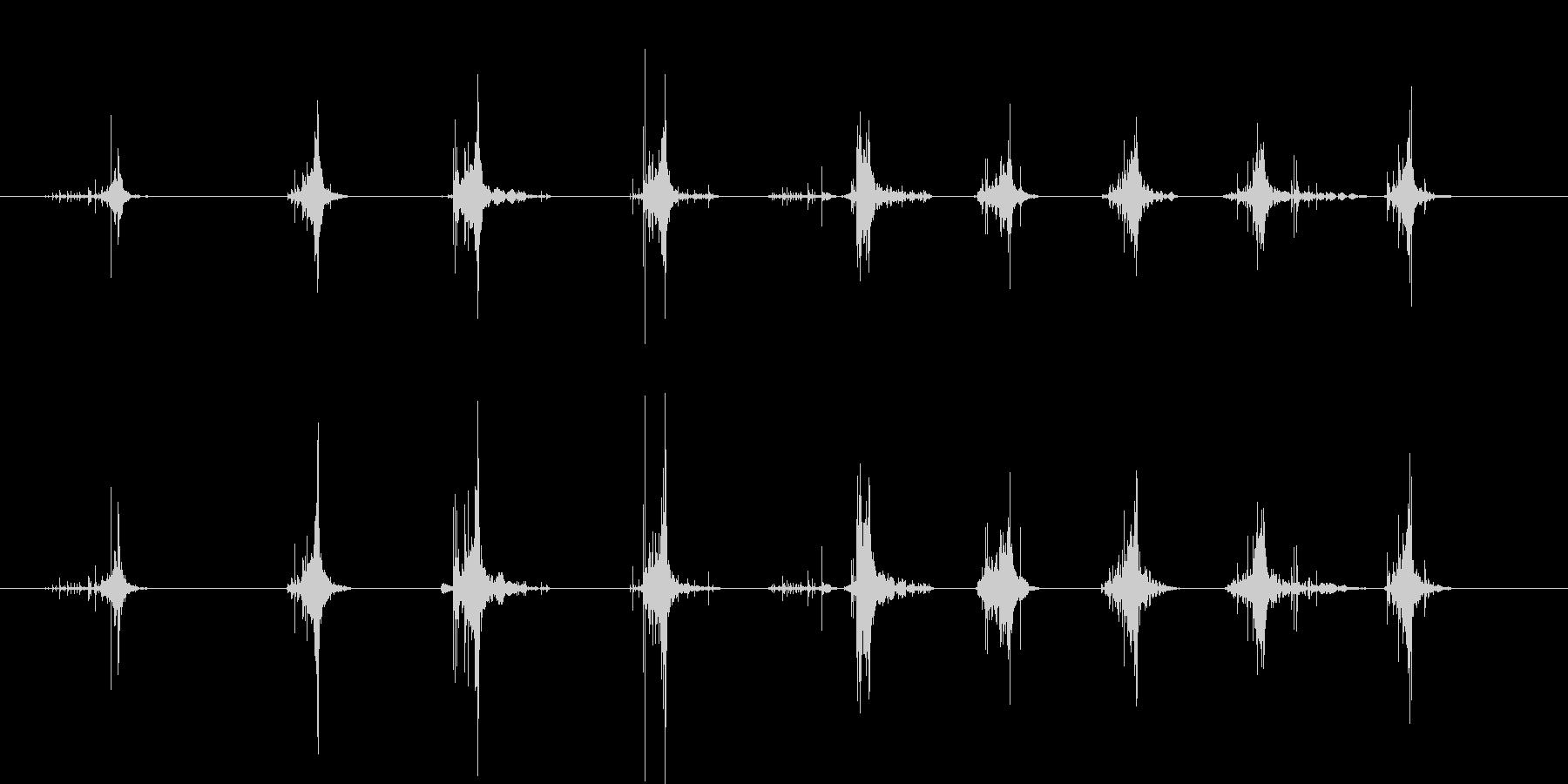 木のまな板の上でねぎを切る音の未再生の波形