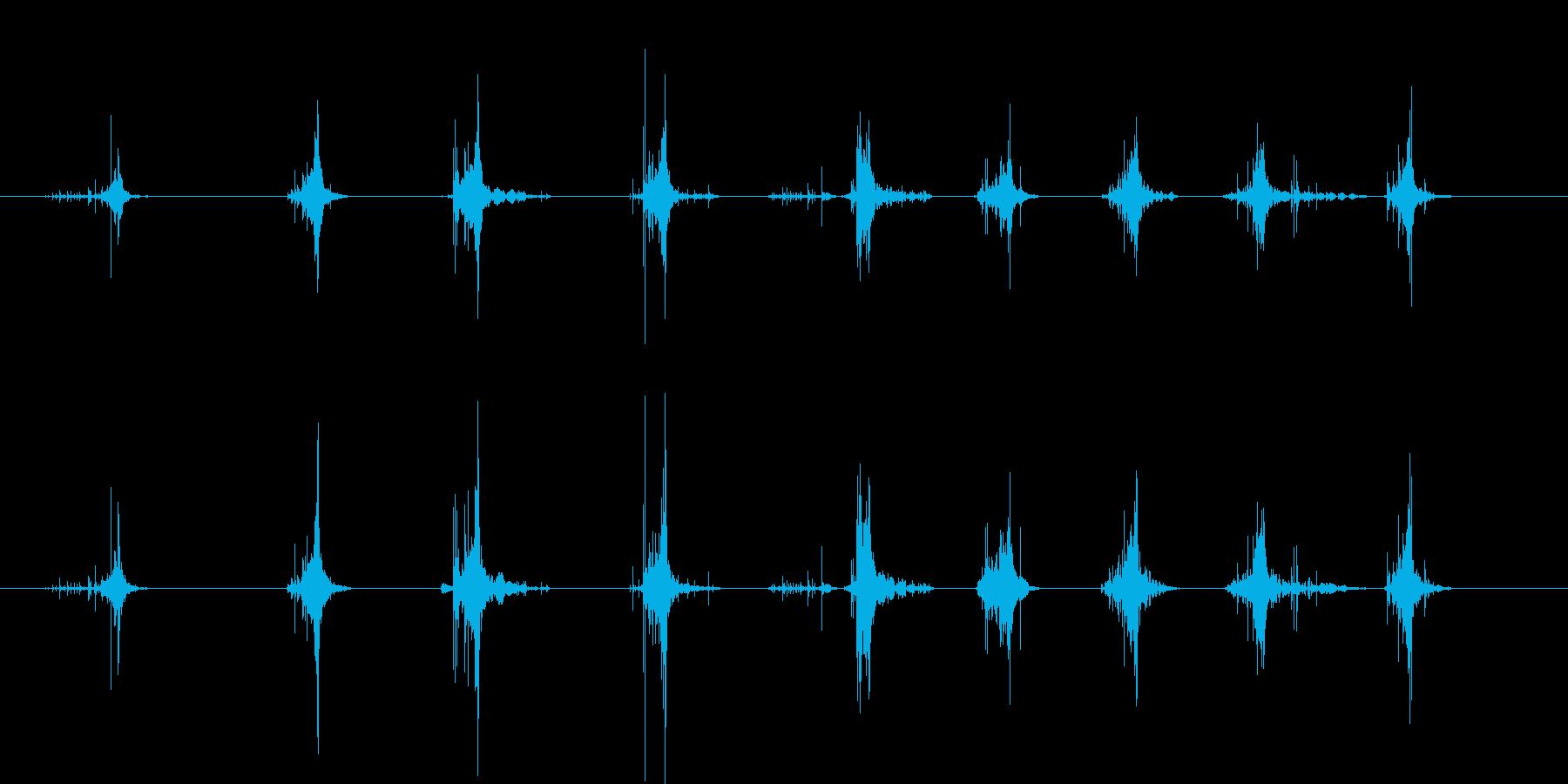 木のまな板の上でねぎを切る音の再生済みの波形