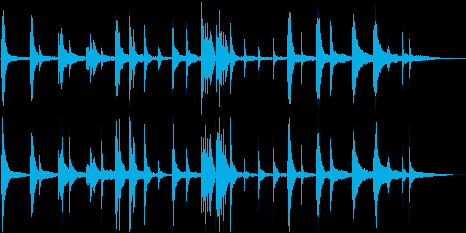 即興的な暗いピアノ・ソロ曲の再生済みの波形