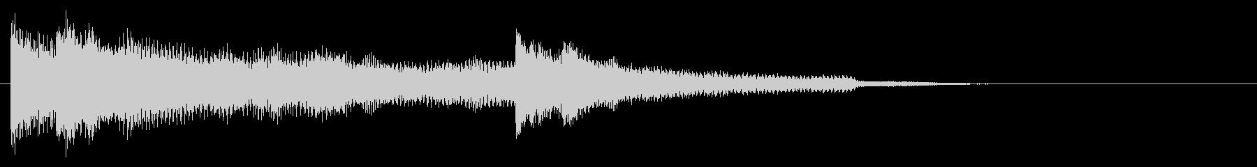 ピアノとシンセベル音のサウンドロゴの未再生の波形